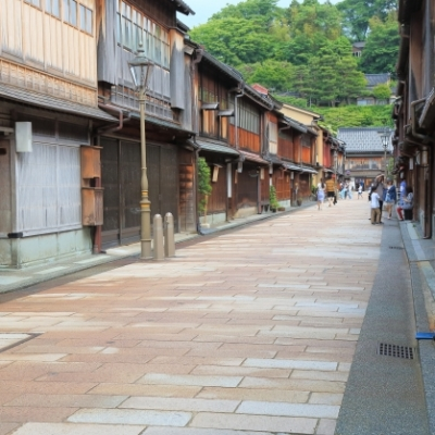 犬連れで金沢旅行!石川県でペット可の海鮮丼・おすすめ宿・絶景スポット