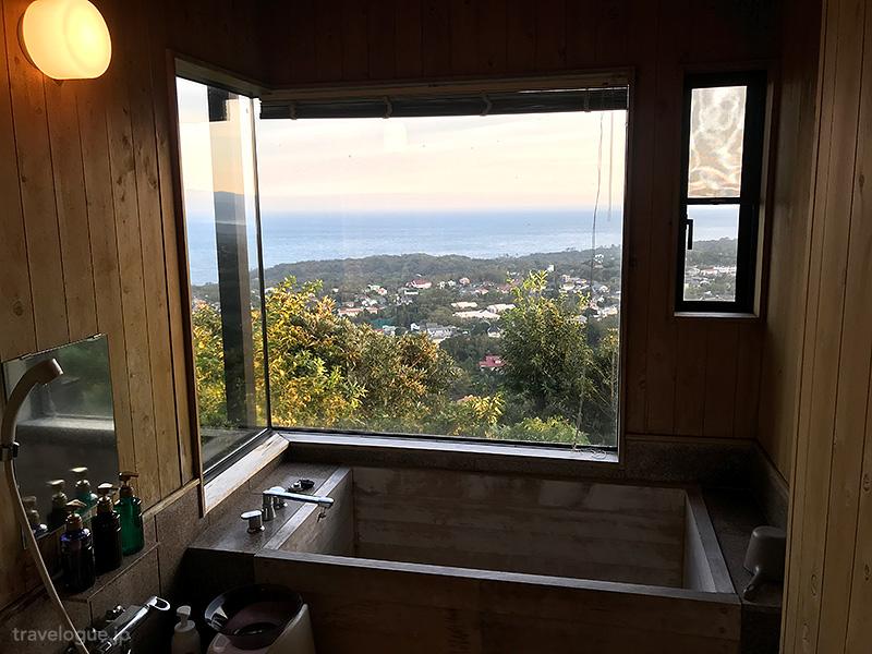 玉響の風の内風呂からの眺め